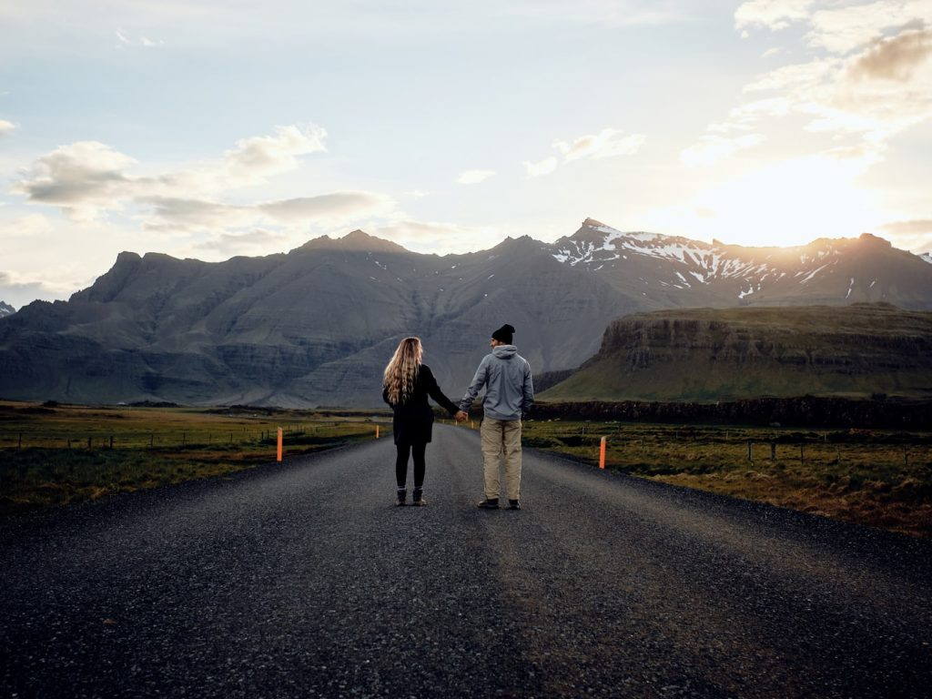 Second Date Travelling